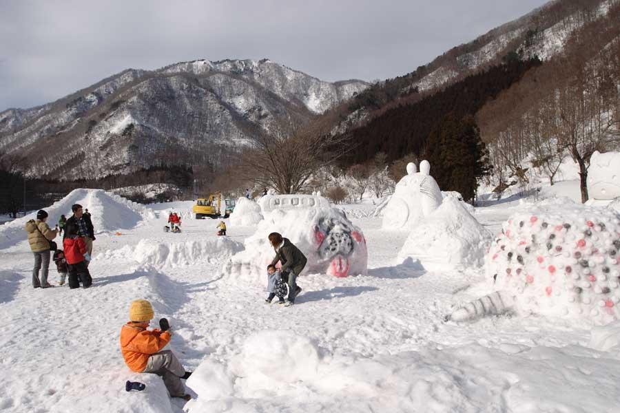 雪像祭り�@