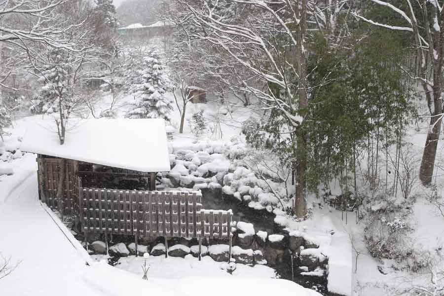 雪見露天�@