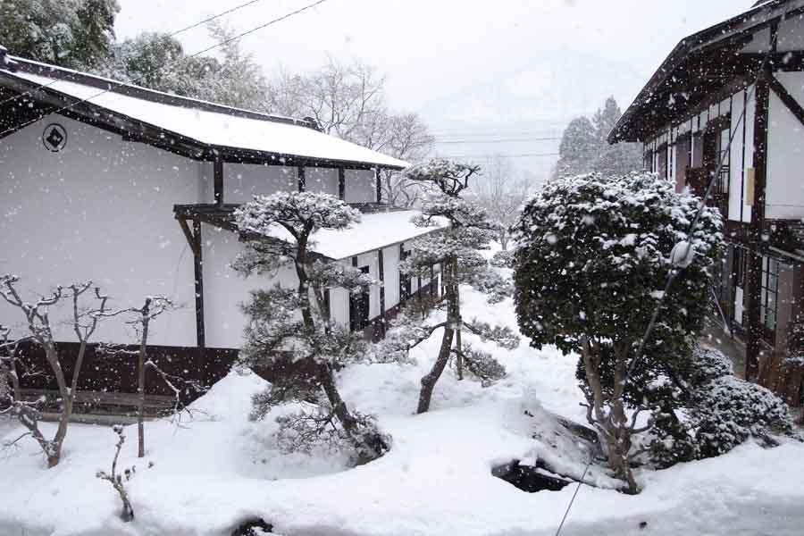 食堂景色/雪
